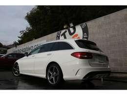 人気のステーションワゴン!C180ワゴン ローレウスED レーダーセーフティPKG入庫です!外装色は人気のポーラーホワイトを配色!
