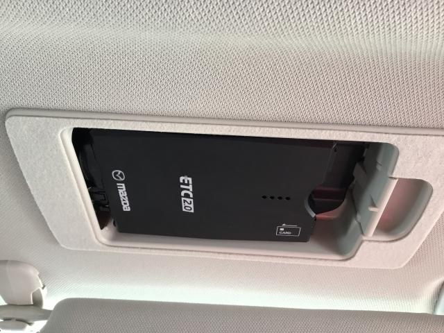 スマートインタイプのETC装着済み。運転席のサンバイザーの裏に収納してあるため、とてもスッキリしております!!