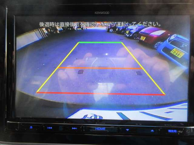 オプションセットのバックカメラです。夜や雨の日の駐車も安心ですね☆