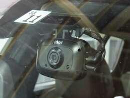 BMW純正ドライブレコーダー前後取り付け済。