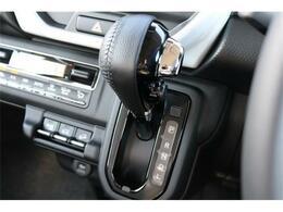 あんしんの4WDです!シフト操作がしやすく快適なドライブをお楽しみいただけます。