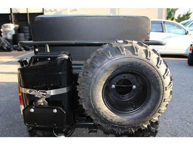 ステアリングバー3段階調節・クリスタルテール・背面タイヤ・ウインカー・ブレーキランプ・バックランプ・ナンバー灯・反射板・泥除けカバー標準装備!公道走行可・JAPANクオリティーで安全に安心してお乗り頂けます