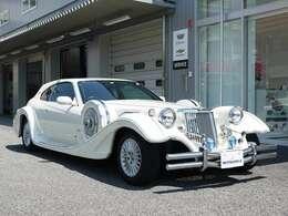 輸入車ディーラーに加え、光岡自動車オリジナルカーの製作・販売、日本の自動車業界でオンリーワンの存在を目指し全国に向けて販売を行っているオリジナル車は、自社の開発工場で生み出されています。
