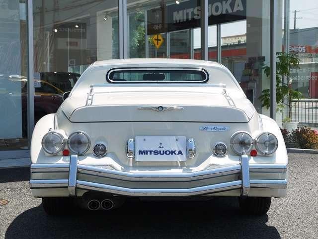 並行輸入車については、アメリカでの走行距離及び、アクシデント履歴を管理する『AutoCheck』に各車両を照会。日本に到着後、非営利法人・日本自動車鑑定協会『JAAA』での修復歴等の鑑定。