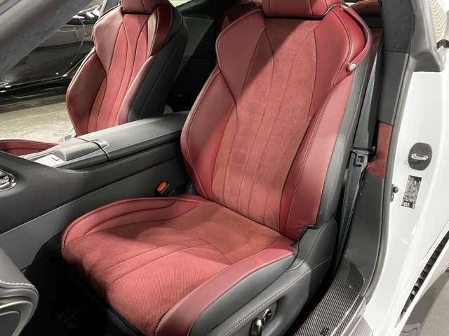 ★マークレビンソンサウンド搭載★大変便利な、パワーシート搭載(^^)/擦れや破れ、汚れ等、御座いません♪本当にお奇麗な運転席シート(^^)/是非ご来店頂き、実際に見て体感してください♪