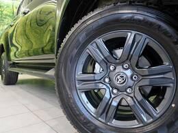 ●純正17インチアルミホイール装備。各種アルミホイール+タイヤやスタッドレスのセットもお取扱いございますのでご検討の方はスタッフまでご相談ください。
