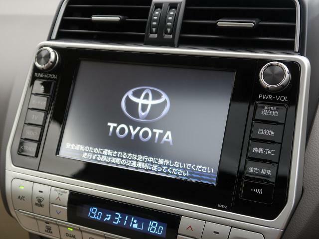 Tコネクトメーカーナビ搭載!!DVD、CD、Bluetooth、フルセグTVなどの機能を使っていただけます!!