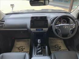 アイポイントが高く見晴らしの良い運転席です。