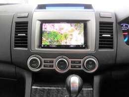 TVはフルセグ!もちろん走行中も視聴可能です。Bluetoothを利用したハンズフリー通話も可能ですよ☆