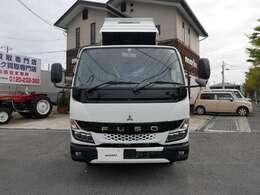 ★新型キャンター3トン低床強化ダンプの未使用車が数台入庫しました★