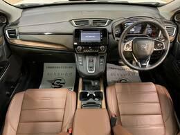 MEGA・SUV神戸大蔵谷店!国産SUV・輸入SUV含め、常時300台以上のSUV展示車両!雨の日でもご覧頂ける、立体駐車場スペースにての在庫を展示しておりますので、天候も気にせずご覧頂けます。