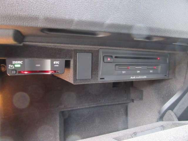 ETC付き&純正オーディオシステム♪ グローブボックス部に収納されております♪
