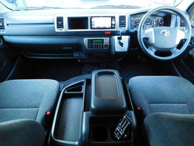 6速オートマ フル装備 ABS Wエアバッグ キーレス ワンオーナー車