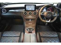 ヒーターメモリー付レッドダイヤモンドステッチ入AMGパフォーマンスシート 大型ディスプレイコマンドシステムHDDナビ地デジフルセグTV ハンズフリーアクセス 前車追従レザークルーズ搭載