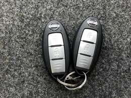 【インテリジェントキー】2本同じ物が付いてきます スペアキーとして保管いただいていてもいいですし、ご夫婦でそれぞれ1本づつお持ちいただくこともできます!