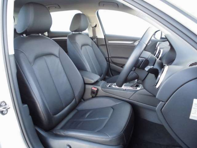 お車の詳細は、無料ダイヤル0078-6002-024486、もしくは通常ダイヤル055-260-6650アウディ山梨丸山までお問い合わせください。