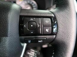 先行車や障害物をミリ波レーダーで検出し、警報やブレーキの制御により衝突回避を支援、万が一、衝突する場面に遭遇した場合には、ブレーキ力を強力にアシスト、もしくは、衝突を回避あるいは衝突の被害を軽減します
