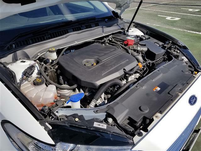横置きエンジン。 ダウンサイジングの1.5リッターターボ エコブーストは力強い走りが定評です。