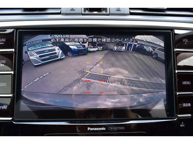 スムーズな駐車をサポートするリヤビューカメラです。