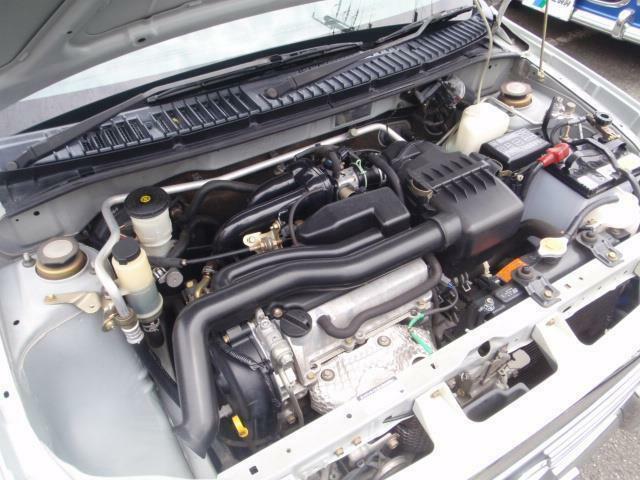 環境に優しく低燃費でお財布にも優しいユニットDVVTツインカムエンジンは連続可変バルブタイミング機構によりコンピューターがバルブ開閉のタイミングを最適に制御しスムーズに吸排気を行うシステム!