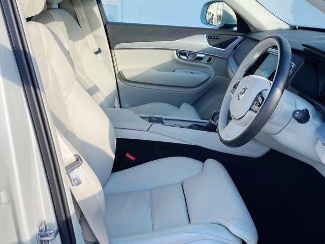 ◆整形外科医が設計から携わり、体の負担になりにくいシートを実現。長時間ドライブでその差をはっきり体感できるはず