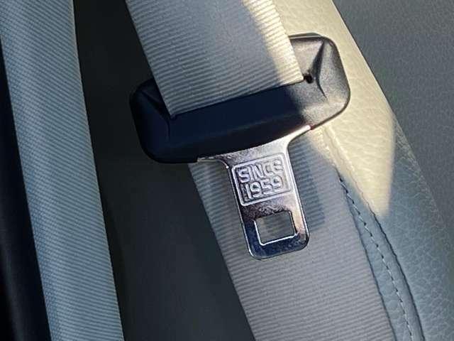 ◆世界初の三点式シートベルトを生み出しながら、特許を取らず公開したボルボ。安全性を追求する姿勢は今も不変です