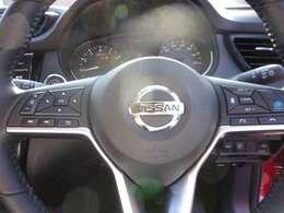 運転中でも安心ステアリングスイッチ(オーディオ、ナビハンズフリーフォン、プロパイロット装置)操作が出来ます!