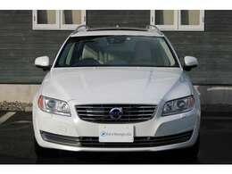 Cars Voyage & Co.では全車修復歴なしのお車を確認、仕入れしていますので、安全で安心できるお車のみとなります。