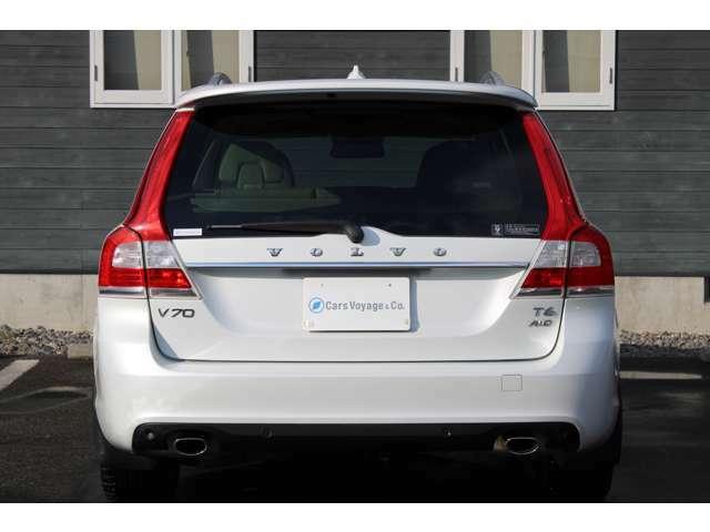 お車の納車前整備はお車のトータルチェックの為、専用テスターがあるボルボディーラーにて実施致します。安心してお乗り始めできます。