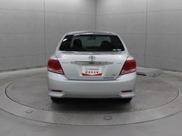 プレミオと基本部分は共通で、若干差別化された姉妹車となっています。