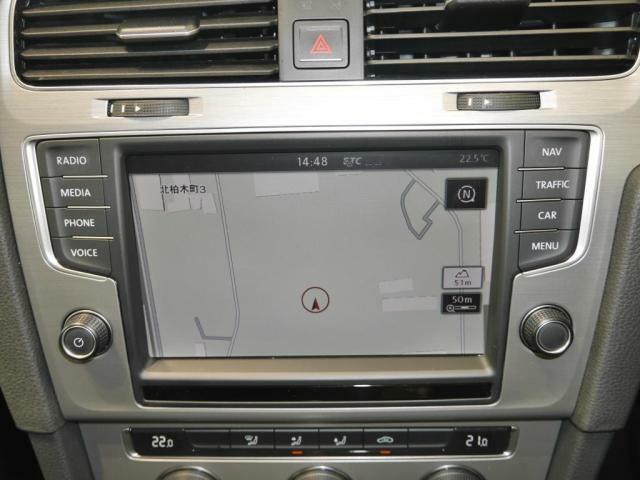 Volkswagen純正ナビゲーションシステム「Discover Pro」でCDDVDSD地デジBluetooth何でもOK!