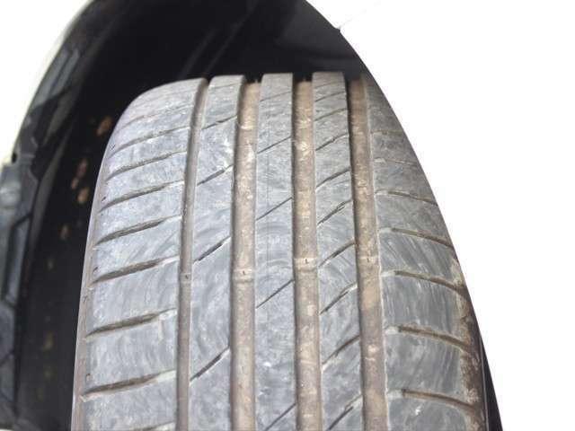 タイヤの山も7分山程度!安心のタイヤでまだご使用いただけるかと思います★