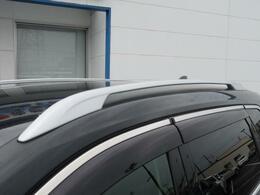 メーカーオプション♪ルーフレール装備♪当店は高品質、低走行車をお買い得にお客様にお届けすることを徹底しています