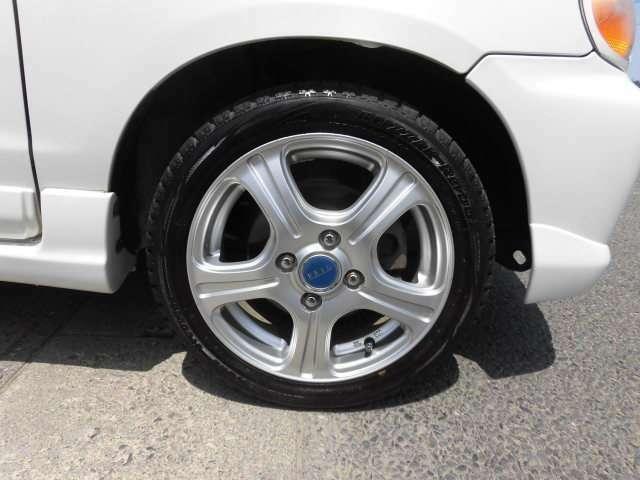 タイヤ交換やオイル交換、ワイパー交換などお車のメンテナンスに関しましてもお気軽にご相談ください!