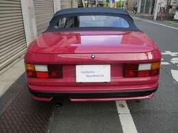 前オーナー様が整備に300万円以上の整備費用をかけた車両です。