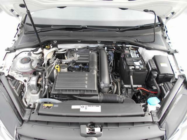 1.4リットルTSIエンジンで、力強い加速と爽快な走りをお楽しみください!ご来店、スタッフ一同お待ちしております!