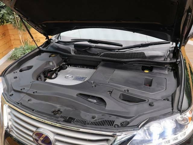 お車は納車前に点検整備を実施しお渡しさせて頂きますので、ご安心下さいませ。