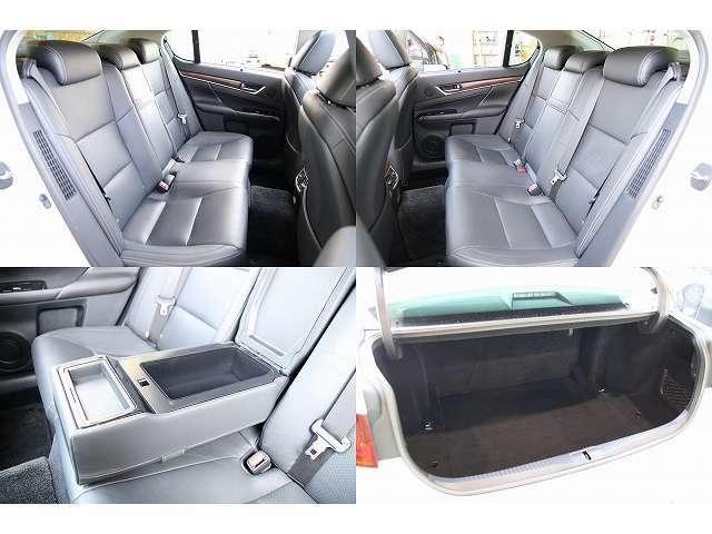 後部座席は使用感もなく程度の良い車両です!