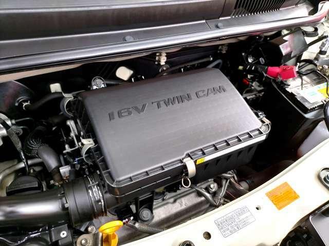 DEXのエンジンは直列4気筒の1.3Lで、エンジンルームの状態も良好です!見えない部分までキレイだと、気分よく運転ができますね♪