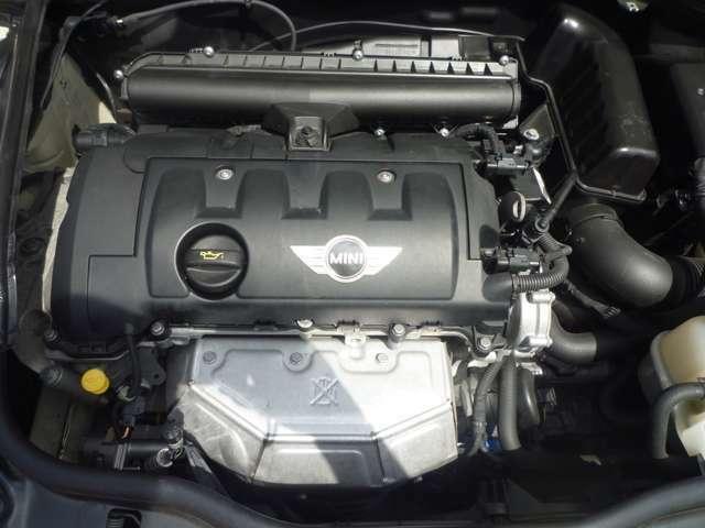 気になる、エンジンオイル・オイルフィルターは前回交換時期にかかわらず全車交換してご納車しております!