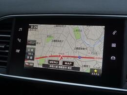7インチタッチスクリーン エアコン操作機能マルチメディア再生機能ハンズフリー通話機能ドライビングアシスト設定機能ナビゲーション機能(オプション装着)などの操作系が集約されています。