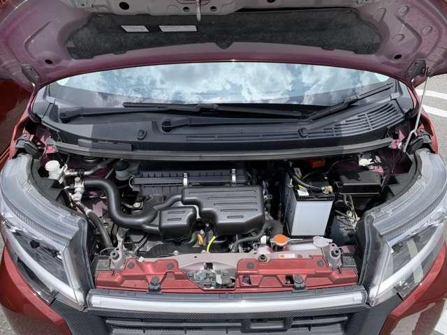 ☆エンジンもとても綺麗でやる事なし!!整備もきちんとされているお車ですので、安心して乗っていただけますよ。☆