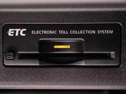 ★ETCが装備されています!!社外品とは違い収まりの良いデザインが人気!高速道路を利用する際は必需品ですよね!!ストレス無く料金所を通過出来ます!!
