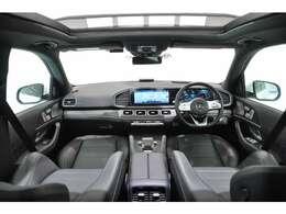 ブラックレザーシート 1/2列目パワーシート/シートヒーター 前席シートベンチレーション エアサスペンション ブルメスター13スピーカー 電動格納2/3列シート パフュームアトマイザー 純正ナビ エアバランスP