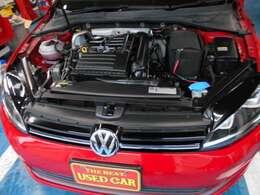 ダウンサイジングのお手本のような高出力・低燃費の定評ある1200CCターボ!アイドルストップ付き!DSGとの相性も良く軽快な加速と街中の中低速も扱い易い優等生なエンジンです!オイル滲みありません!