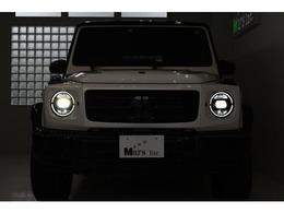 特別仕様限定車!G350dマヌファクトゥーアエディションの最速入庫でございます!通常のG350dでは設定のない「ダイヤモンドホワイト」、「ブラックアクセント」、「20インチマルチスポークAW」など数多くの