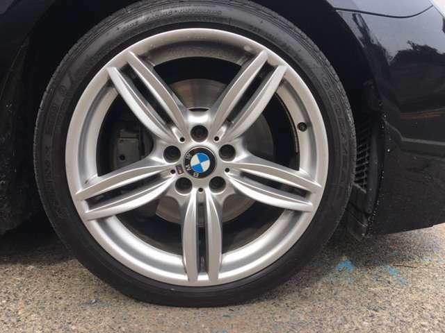 BMW Mスポーツ純正のアルミホイールになります♪