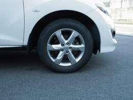 タイヤ4本交換してご納車いたします!