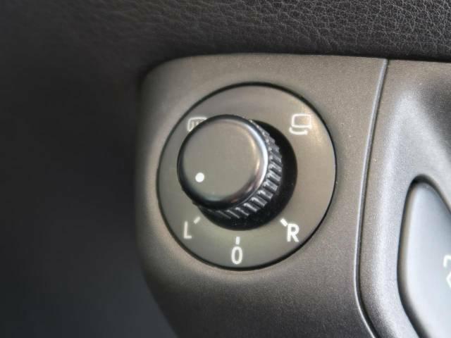 ●電動ミラー:お手元のスイッチひとつで鏡面の調整を行うことが可能です!年式も新しく走行距離も少ないだけあり使用感などほとんどない為、樹脂部分もお綺麗です!
