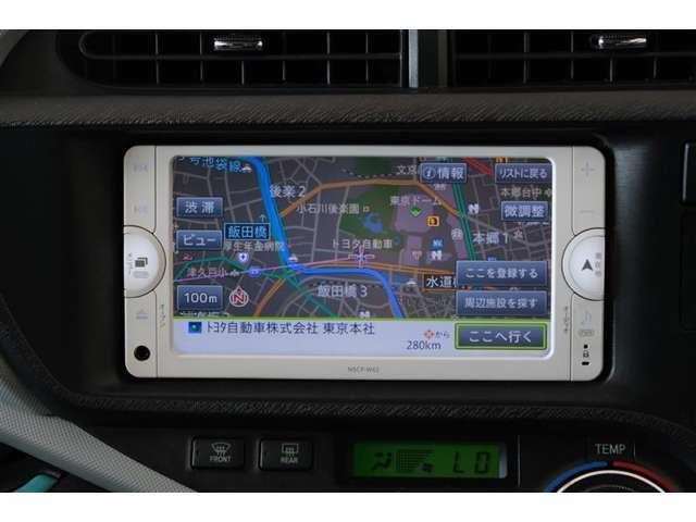 純正ナビ付き(ワンセグTV)CD再生・Bluetooth接続・AUX対応です。